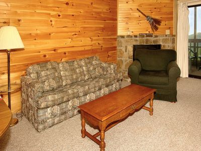 Photo for 2BR/2BA located 1 mile from O'ber Gatlinburg and Gatlinburg Bypass.  Great views in the area.