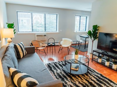 Photo for Clean and Comfy Apartment only 15 min to Wrigley K3