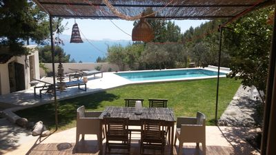 Photo for Villa Calanque Marseille, swimming pool, 300 m from the sea