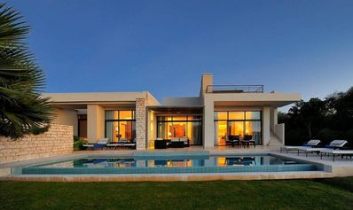 Photo for Luxury Villa with Pool on the golf course of Mogador.