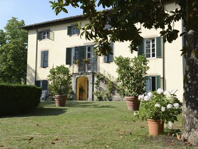 Photo for Charming 10 bedroom Villa in Lucca (Q6343)