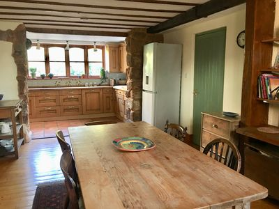 Photo for Sunny Secret Garden 3 bed Cottage Near Exeter. Village Location