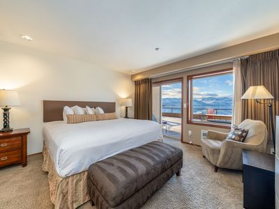 Photo for Grandview Lake View 511! Waterfront King Suite with lake view!