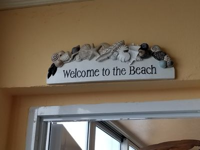 Ocean View Cozy Beach Apartment , . . The Real ' Beauty and The Beach' !