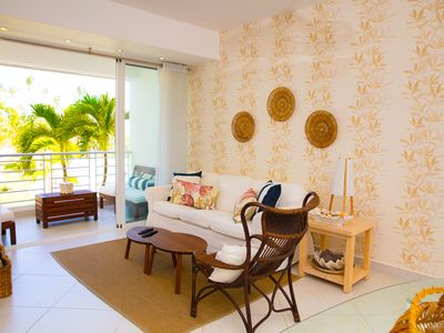 Photo for Cozy renovated apartment, beach front