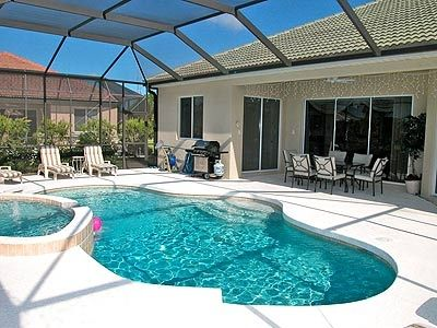 South Facing Pool with Hot Tub / Jacuzzi, lake view all day sun with undercover