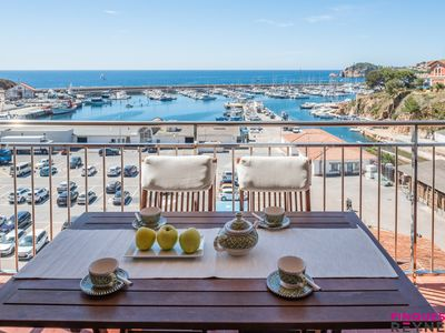 Photo for Apartment with sea views in the port of Sant Feliu de Guíxols