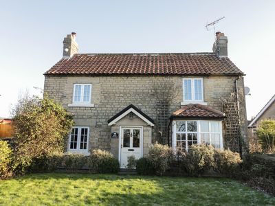 Photo for ROSE COTTAGE, pet friendly, with open fire in Pickering, Ref 972737