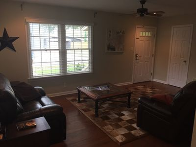 Photo for 3/2 Sleeps 6-8 4 Miles North of Downtown