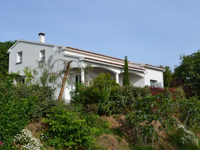 Photo for Villa on Corsican coast, garden, 3 terraces, 3 minutes from the beach by car, 8 pers.