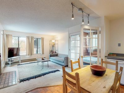 Photo for NEW LISTING! Cozy condo w/ ski-in/ski-out access, shared pool, hot tub, and more