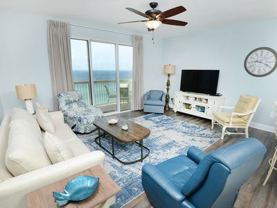 Photo for Snazzy oceanfront condo w/ shared pool, hot tub - walk to the beach!