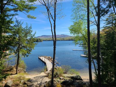 Beautiful Lakefront Home Perfect for Every Season
