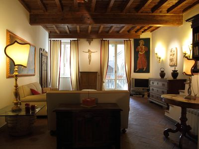 Photo for Stunning apartment in the heart of Florence - A dive in the renaissance