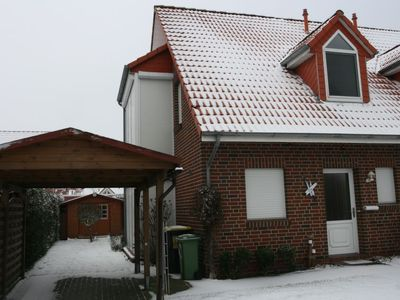 Photo for Norddeich Holiday Home, Sleeps 5 with Free WiFi