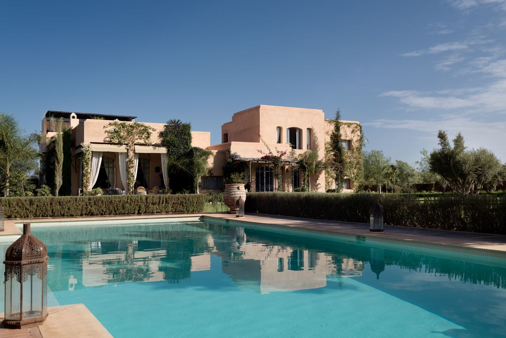 exceptional 5 bedroom luxury villa with private pool and rh homeaway com