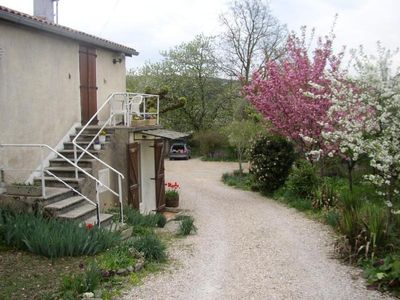 Photo for Gite Neuville-sur-Ain, 2 bedrooms, 4 persons