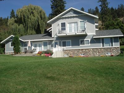 Photo for 5BR Cottage Vacation Rental in Penticton, BC