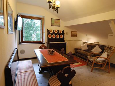 Photo for Stately sunny apartment with a wide view near the center
