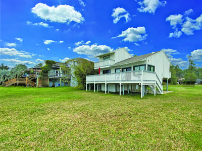 Photo for Sound Front Two-Bedroom, Two-Bath Cabin in Gulf Breeze with incredible views!