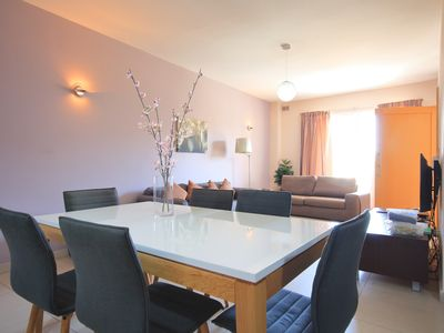 Photo for Cozy and Fully Equipped 2 Bedroom Apartment