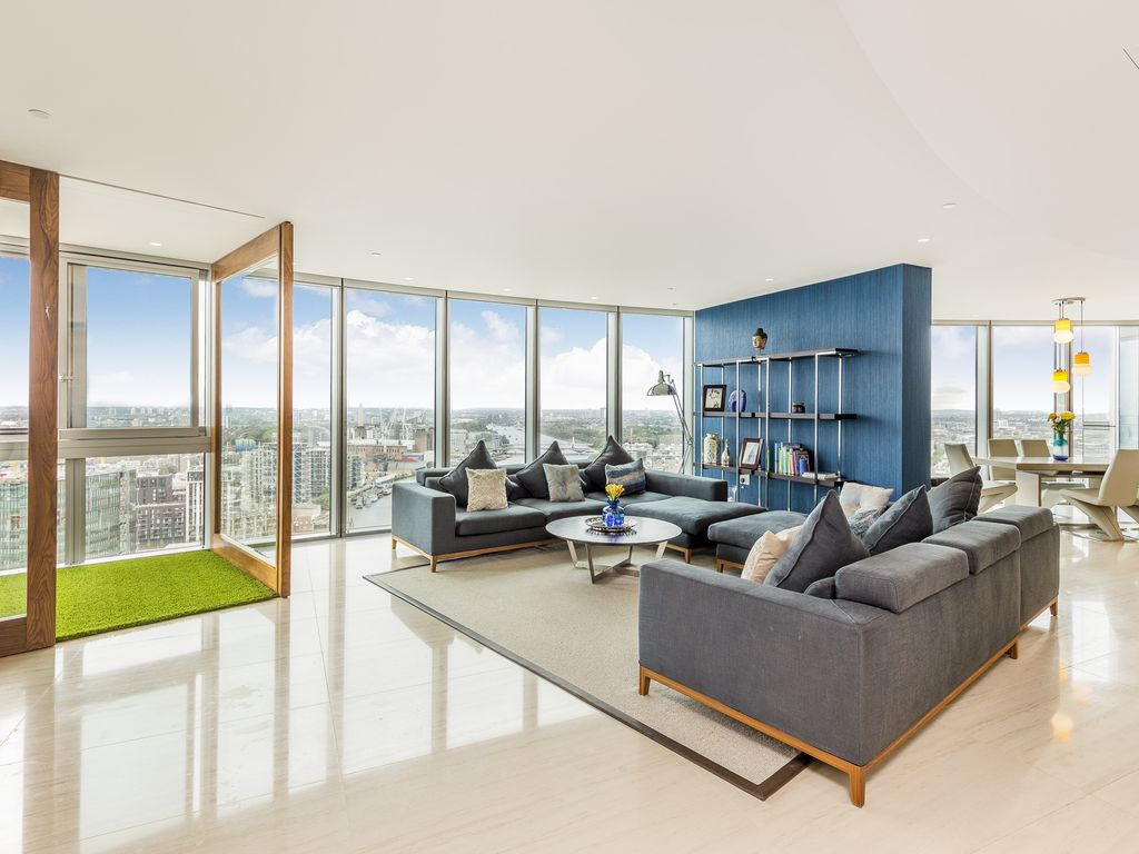 Stunning views Large Contemporary Central London Apartment ...