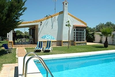 Photo for 2 bedroom Villa, sleeps 4 in Conil de la Frontera with Pool and WiFi