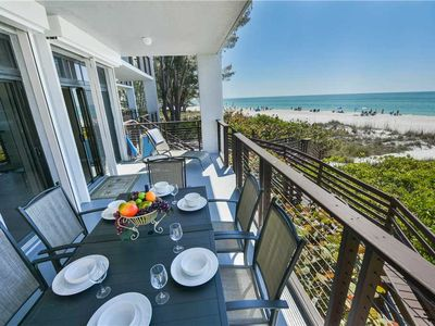 Beach Front Condo with Sunset Views, Last Minute Savings!