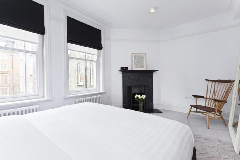 London Home 47, Beautiful 5 Star Holiday Home in a Prime Location in London - Studio Villa, Sleeps 4