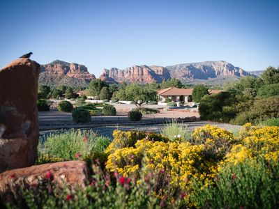 NEW! SERENE 2 BEDROOM APT. SURROUNDED BY FOREST, GOLF COURSE & RED ROCK VIEWS!
