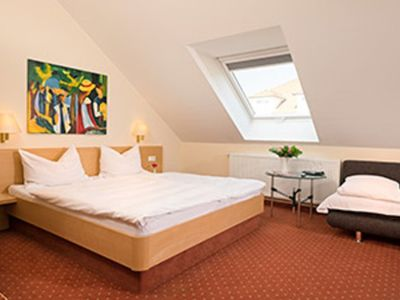 Photo for Triple room with toilet and shower - Hotel Heuboden