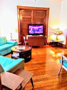 Table fits 6-8 large tv with internet Hulu and prime