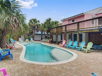 Photo for Private Pool - Easy Walk To The Beach On The Isle of Palms!