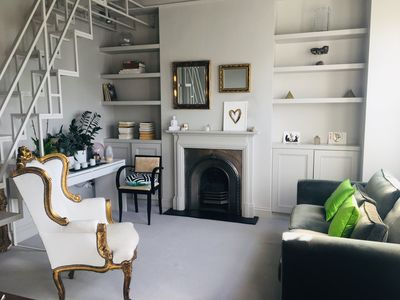 Photo for Interior Designed 1BR- close to Notting Hill- beautiful space