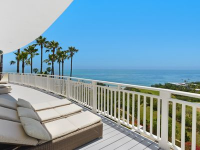 Malibu panoramic ocean views zen house 3 m homeaway for Piani di casa 1000 piedi quadrati 3 camere da letto