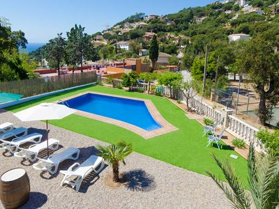 Photo for Club Villamar - Atmospheric vacation villa at the Spanish Costa Brave, in the hills of Lloret de ...