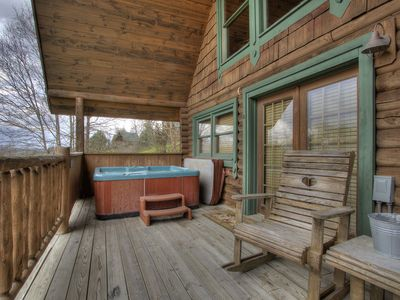 Photo for 1 Bedroom Cabin with Privacy and Beautiful Views, close to Pigeon Forge