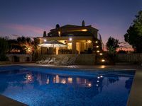 Beautiful secluded villa with fabulous pool