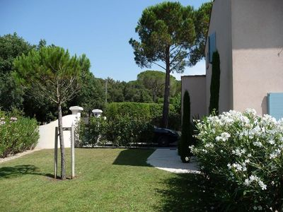 Photo for Villa 10 minutes from Saint Tropez