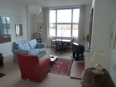 Living room with Thames view