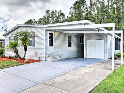 Photo for Lakeland Home - Golf, Pool, 40 Min to Disney