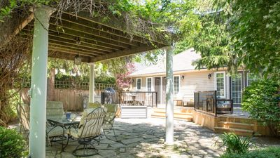 Photo for Renovated cottage, great outdoor space, bbq / grill, wifi, ac, laundry