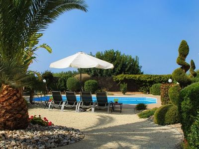 Villa Kerrie- Luxury Villa with Secluded Mature Garden, Open Outlook and Sea Views