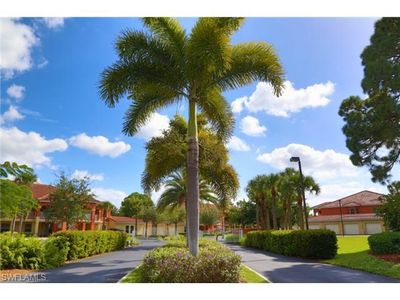 Photo for 1st Floor Condo Mins to Sanibel & Captiva - Pool, WiFi & More!
