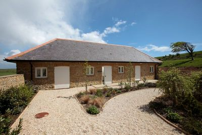 The Cow Byre, Wears Farm, Ashley Chase, Abbotsbury, Dorset DT3 4JZ