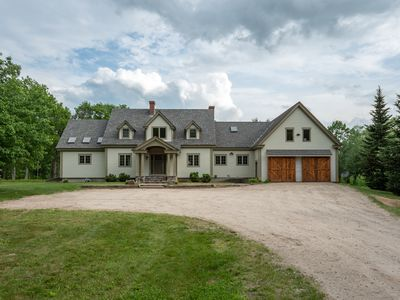 Photo for The Paddle House- Riverfront, Rafts, Ultimate Game Room, Hot Tub, Yard Games!