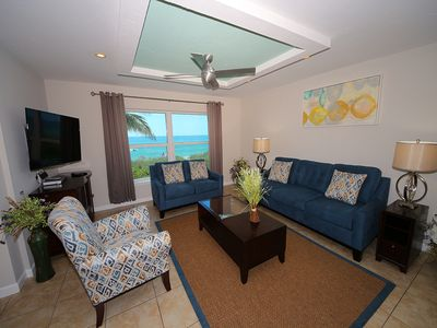 Photo for The Beach on Longboat Key #221S: 3 BR / 3 BA Resort by RVA, Sleeps 8