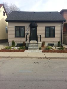 Cozy bungalow in a great area close the Bayfront park