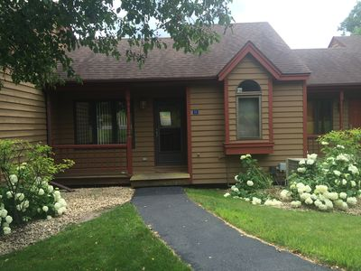 2 BR, 2 BA Galena Townhome Near Golf, Skiing, Hiking Trails & Downtown Shopping!