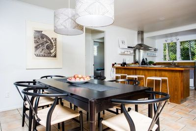 Dining and kitchen flow